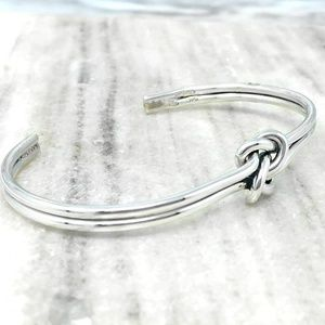 Jewelry - Sterling Silver 925 Love Knot Cuff